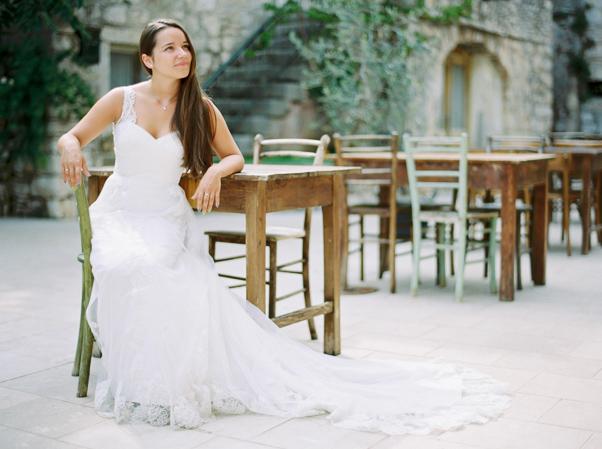 sesja plenerowa Chorwacja Stary Grad suknia ślubna cameoo panna młoda kodak portra 400